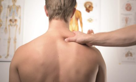 Un Appareil high-tech pour se faire masser le dos