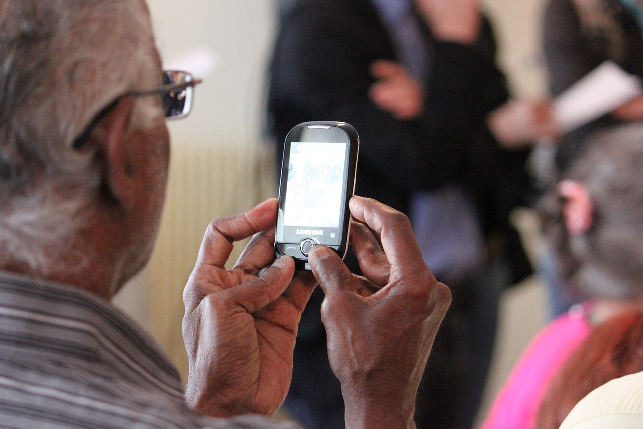 téléassistance des personnes âgées via l'utilisation des objets connectés