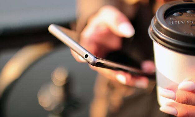 Conseils pratiques pour changer l'afficheur de son smartphone