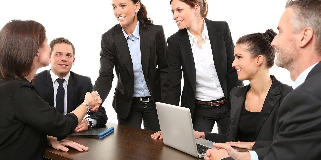 Les systèmes de gestion du capital humain améliorent l'expérience des employés